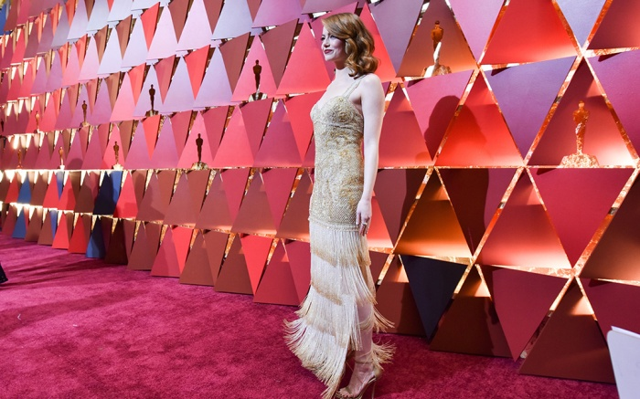 Emma Stone 89th Annual Academy Awards, Roaming Arrivals, Los Angeles, USA - 26 Feb 2017WEARING GIVENCHY HAUTE COUTURE