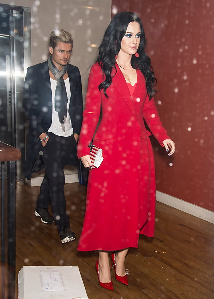 Katy Perry and Orlando Bloom are seen leaving Vedge restaurant after her performance at Get Out The Vote concert in support of Hillary Clinton in Philadelphia, PA.Pictured: Katy Perry and Orlando Bloom,Katy Perry Orlando Bloom Ref: SPL1388018 051116 NON-EXCLUSIVE Picture by: SplashNews.com Splash News and Pictures Los Angeles: 310-821-2666 New York: 212-619-2666 London: 0207 644 7656 Milan: 02 4399 8577 photodesk@splashnews.com World Rights