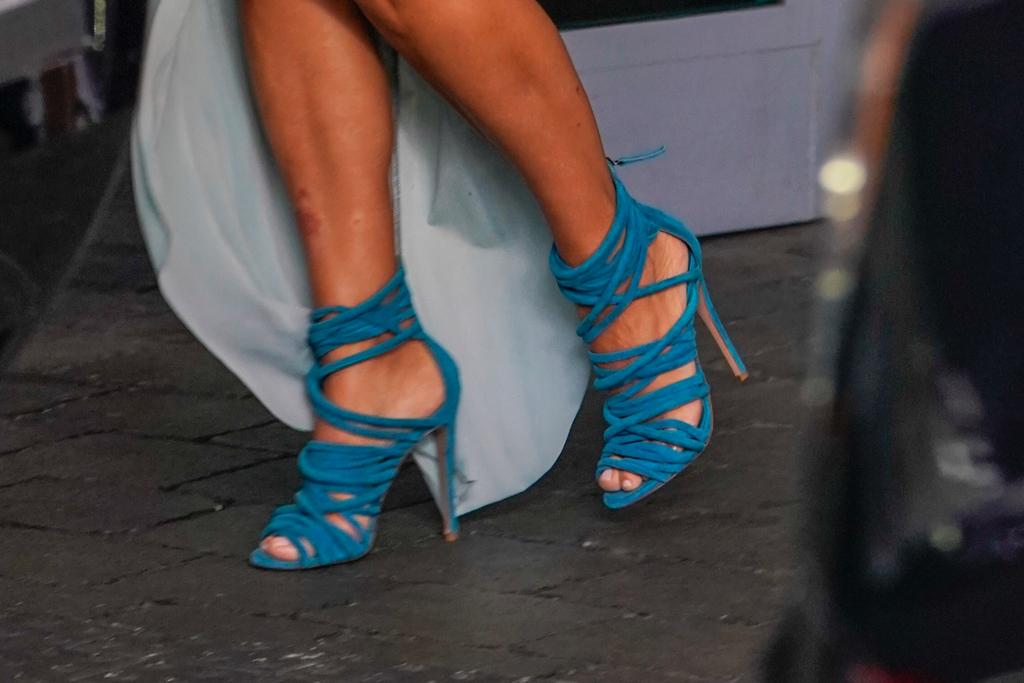 kim kardashian, kanye west, blue heels