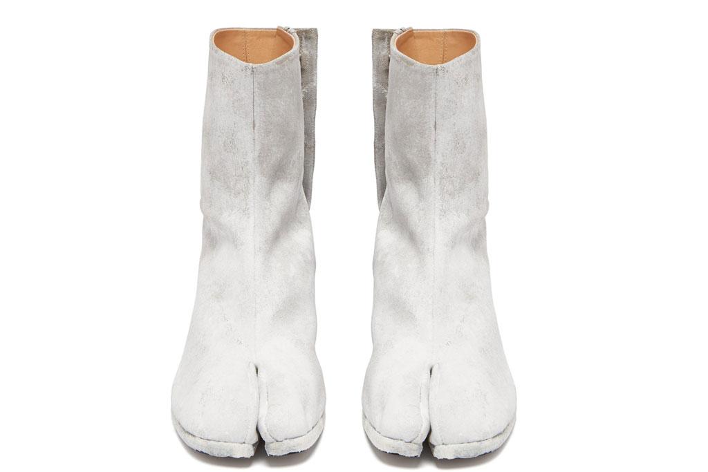 margiela, hoof boots, tabi