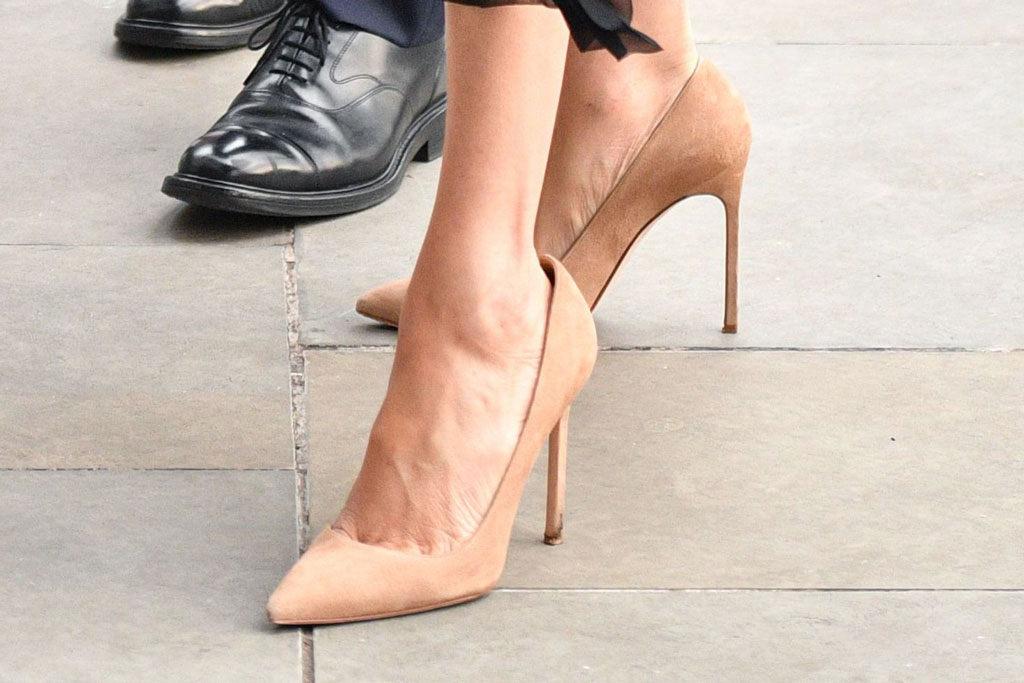Meghan Markle, Stuart Weitzman, high heels, celebrity style
