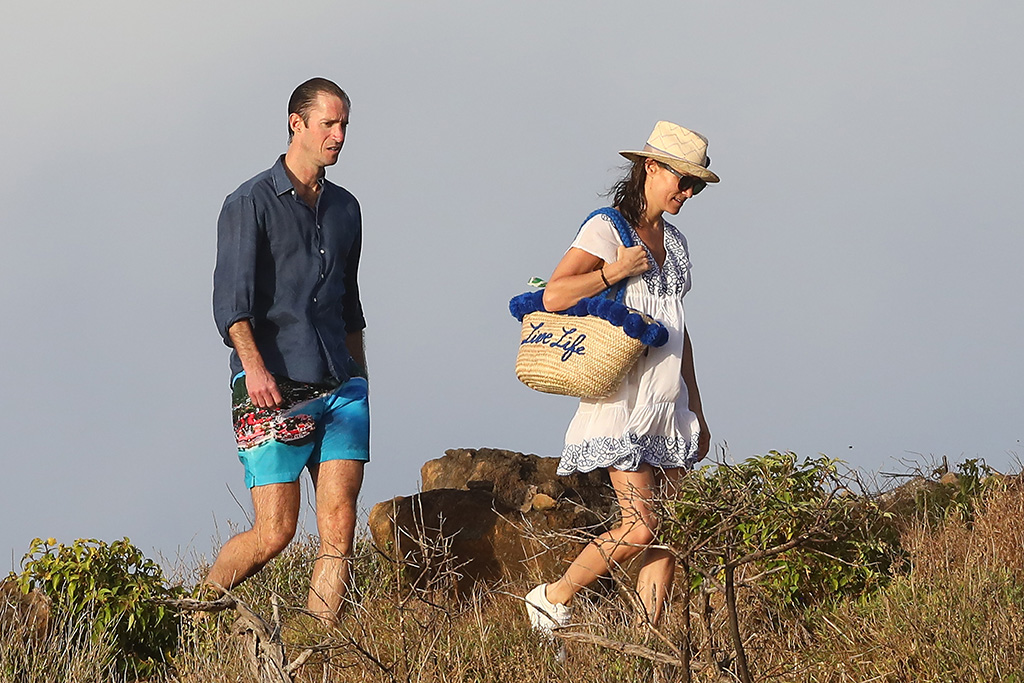 Pippa Middleton (Pippa Matthews) and her husband James Matthews enjoy the beach in St Barts, on January 2, 2019.Pictured: Pippa Middleton,James MathewsRef: SPL5052408 020119 NON-EXCLUSIVEPicture by: AbacaPress / SplashNews.comSplash News and PicturesLos Angeles: 310-821-2666New York: 212-619-2666London: 0207 644 7656Milan: 02 4399 8577photodesk@splashnews.comUnited Arab Emirates Rights, Australia Rights, Bahrain Rights, Canada Rights, Finland Rights, Greece Rights, India Rights, Israel Rights, South Korea Rights, New Zealand Rights, Qatar Rights, Saudi Arabia Rights, Singapore Rights, Thailand Rights, Taiwan Rights, United Kingdom Rights, United States of America Rights