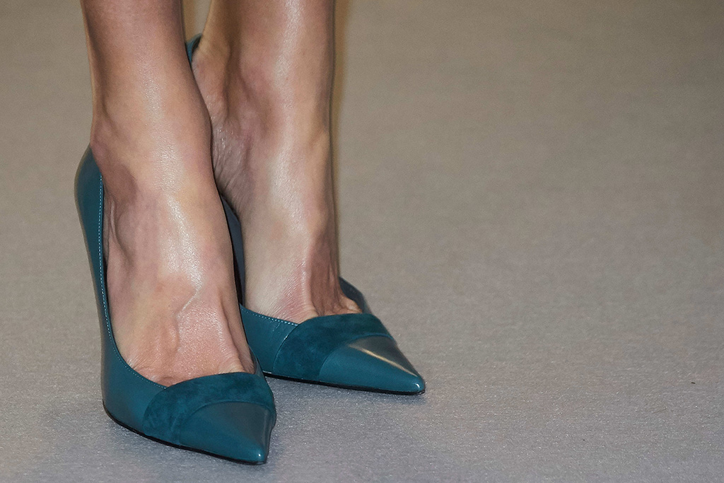 Queen Letizia, magrit heels, Delivery of the 'Grants for Master's and Research Aid' of the Fundacion Iberdrola, Madrid, Spain - 31 Jan 2019