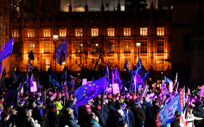Remain protesters outside Parliament before a vote is taken over the Brexit dealPro and Anti-Brexit protests, London, UK - 15 Jan 2019