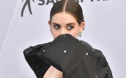 alison brie, miu miu dress bow,
