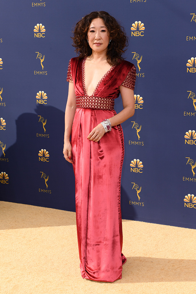 Sandra Oh 70th Primetime Emmy Awards, Arrivals, Los Angeles, USA - 17 Sep 2018WEARING RALPH & RUSSO SAME OUTFIT AS CATWALK MODEL *9731902aa