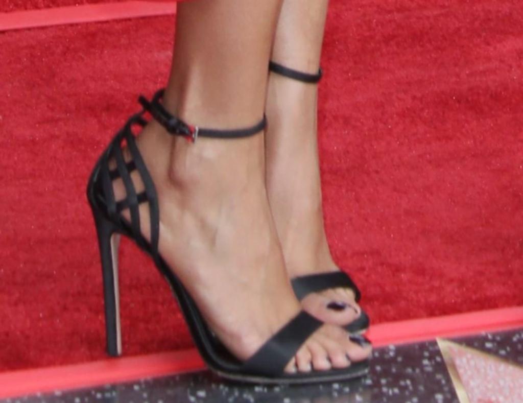 taraji p henson sandals, hollywood walk of fame star