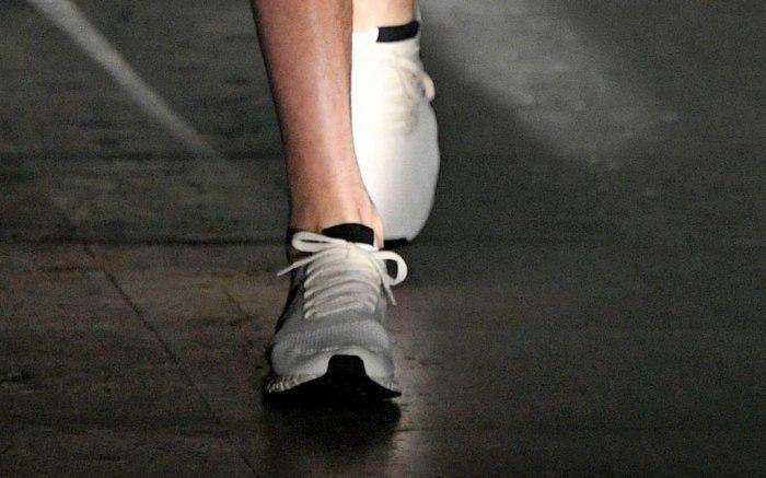 para castigar Guerrero nacionalismo  PFW Men's: Rick Owens Fall 2019 Ready-to-Wear Collection – Footwear News