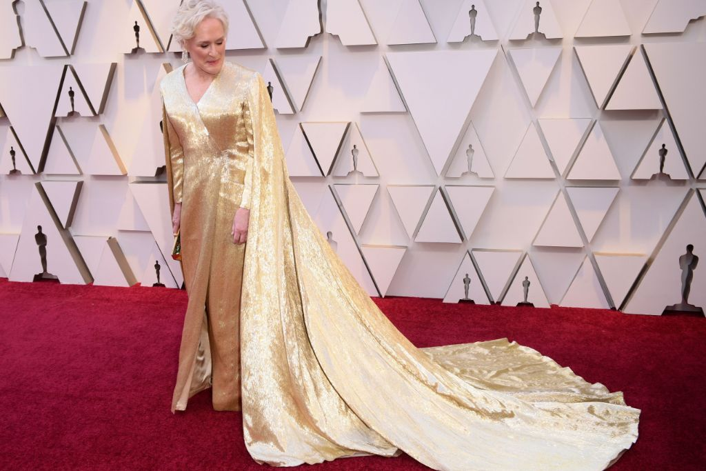 2019-oscars-shoe-winners-glenn-close-giuseppe-zanotti