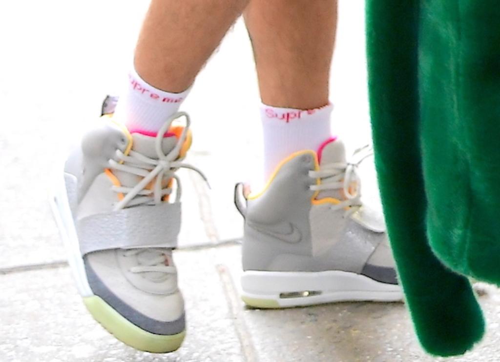 Justin Bieber wearing Nike Air Yeezy 1 sneakers