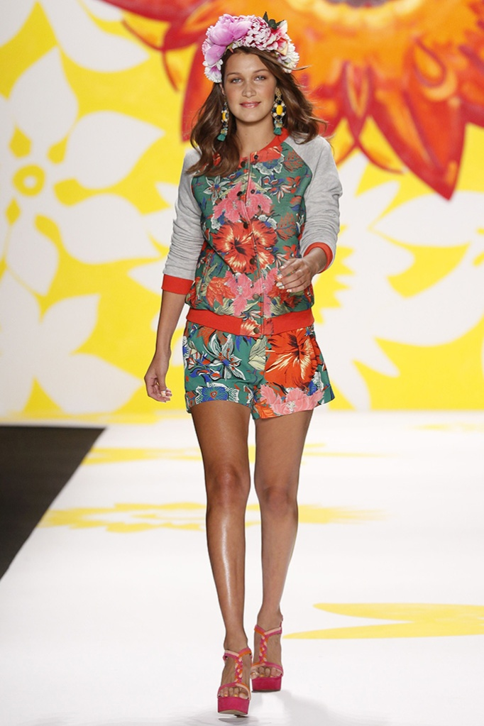 bella hadid, celebrity style, high heels, floral set, A model on the runway at Desigual spring 2015 show at The Theatre Lincoln Center.Desigual Spring 2015 RTW, New York