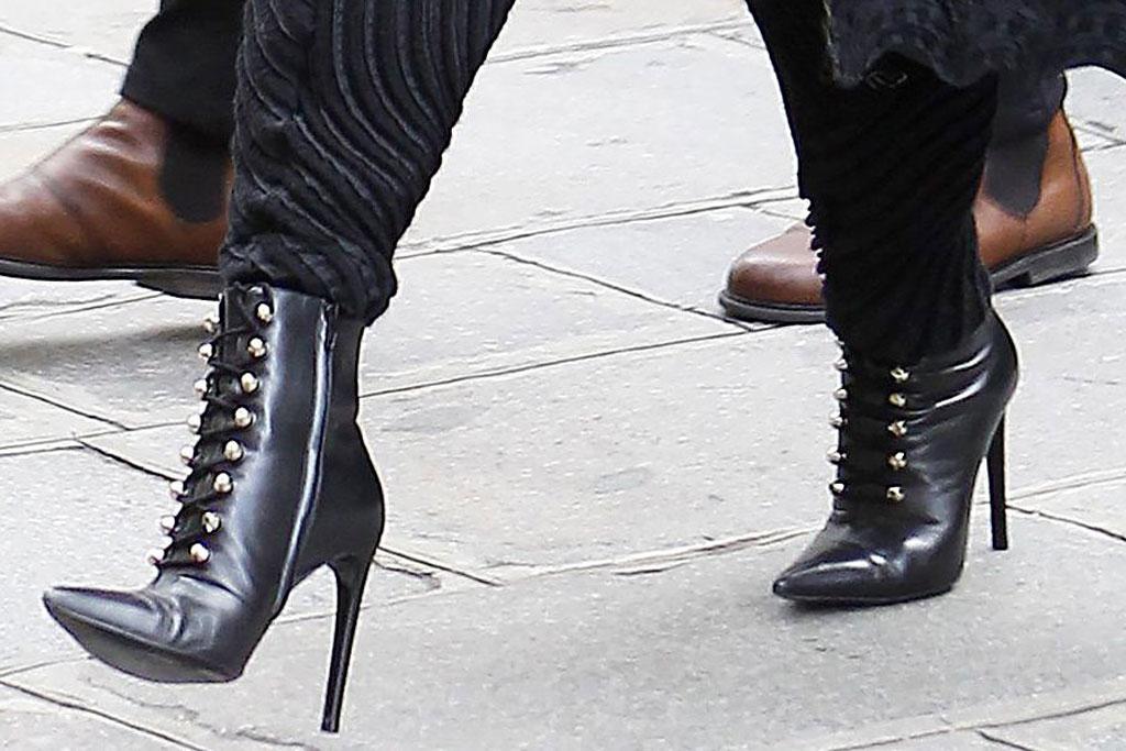 Céline Dion, high heels, paris, street style, celebrity style