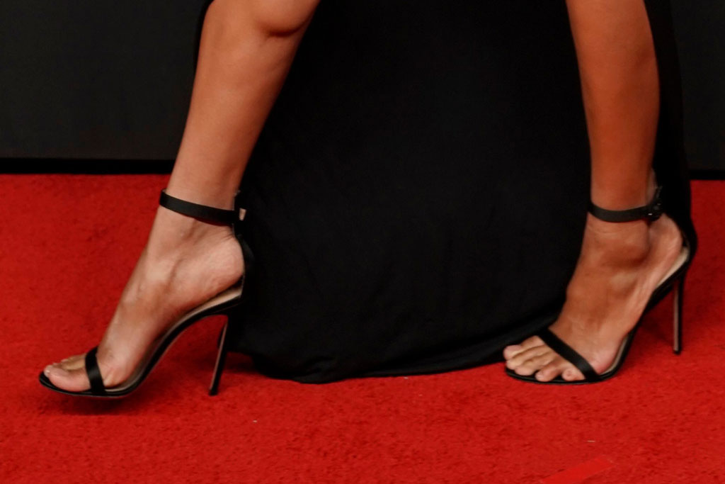 ciara, gianvito rossi, sandals, red carpet, celebrity style