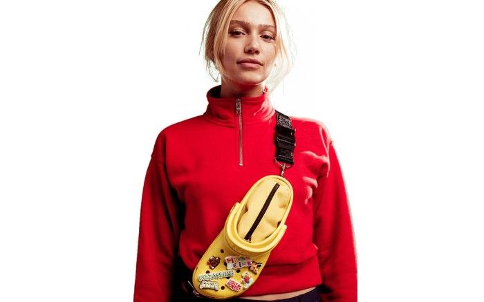 pizzaslime x crocs, crossbody bag, model