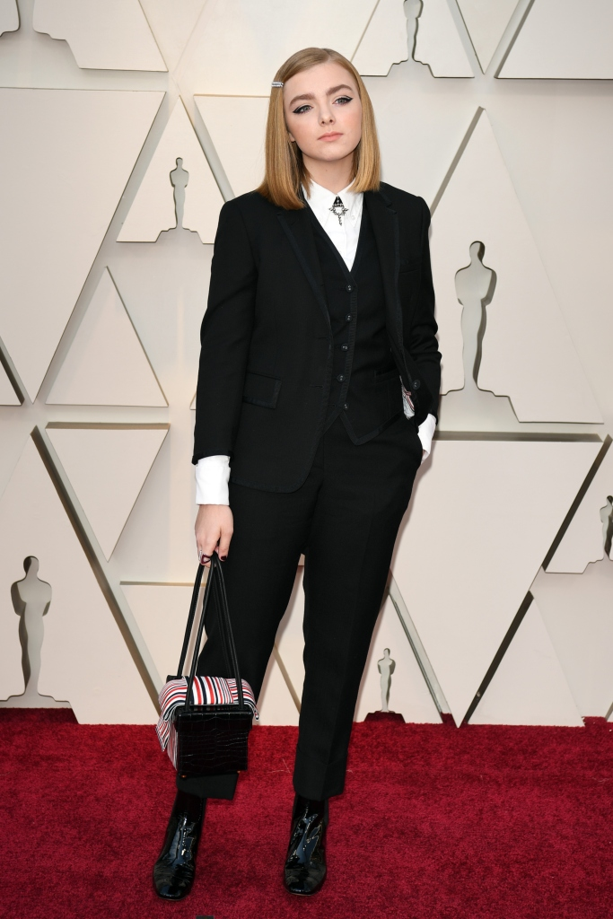 elsie fisher, 2019 oscars, thom browne, pantsuit, academy awards