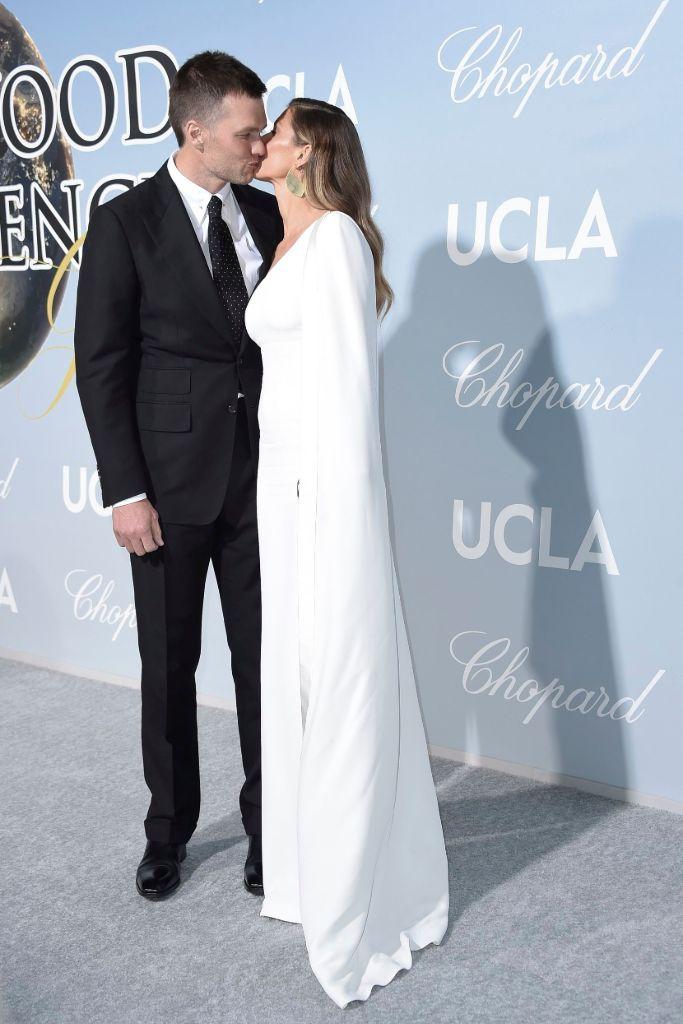 Tom Brady and Gisele Bundchen kiss, hollywood for science gala, stella mccartney, nicholas kirkwood