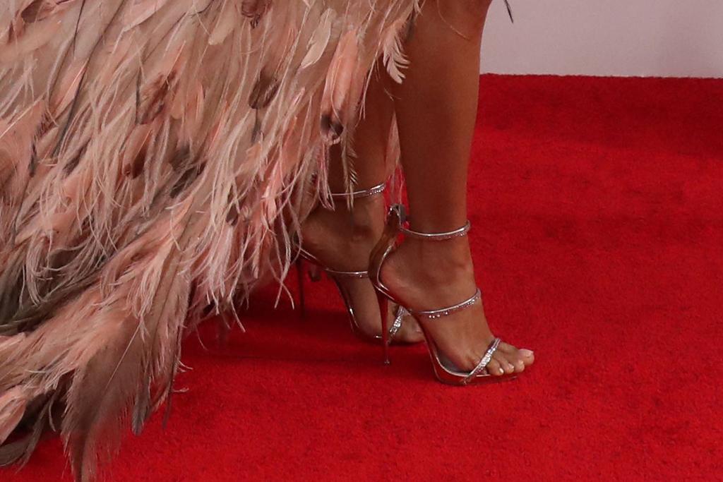 jada pinkett smith, sandals