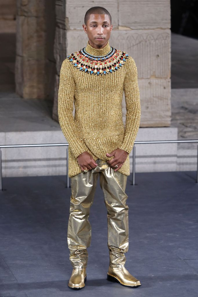 karl-lagerfeld-most-memorable-chanel-show-pharrell