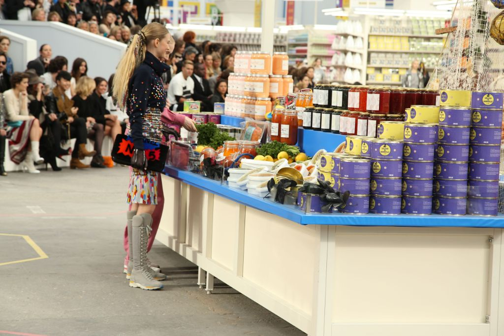 karl-lagerfeld-chanel-supermarket