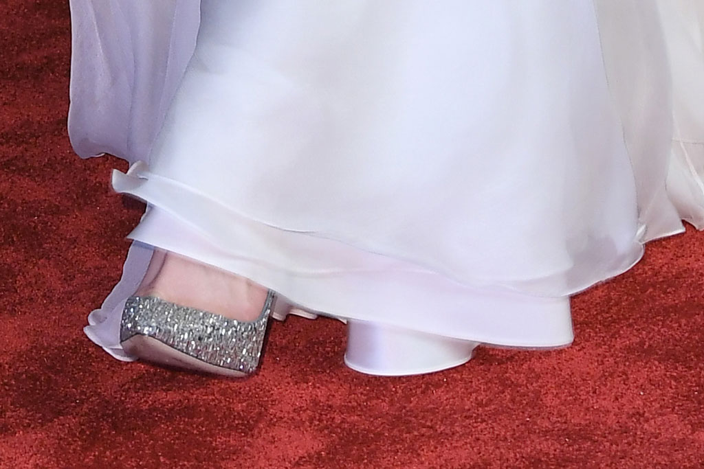 Kate Middleton, silver, high heels, red carpet, baftas, 2019, celebrity style, sparkly pumps