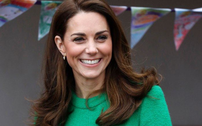 Kate Middleton, Eponine, green dress, london, celebrity style, fashion