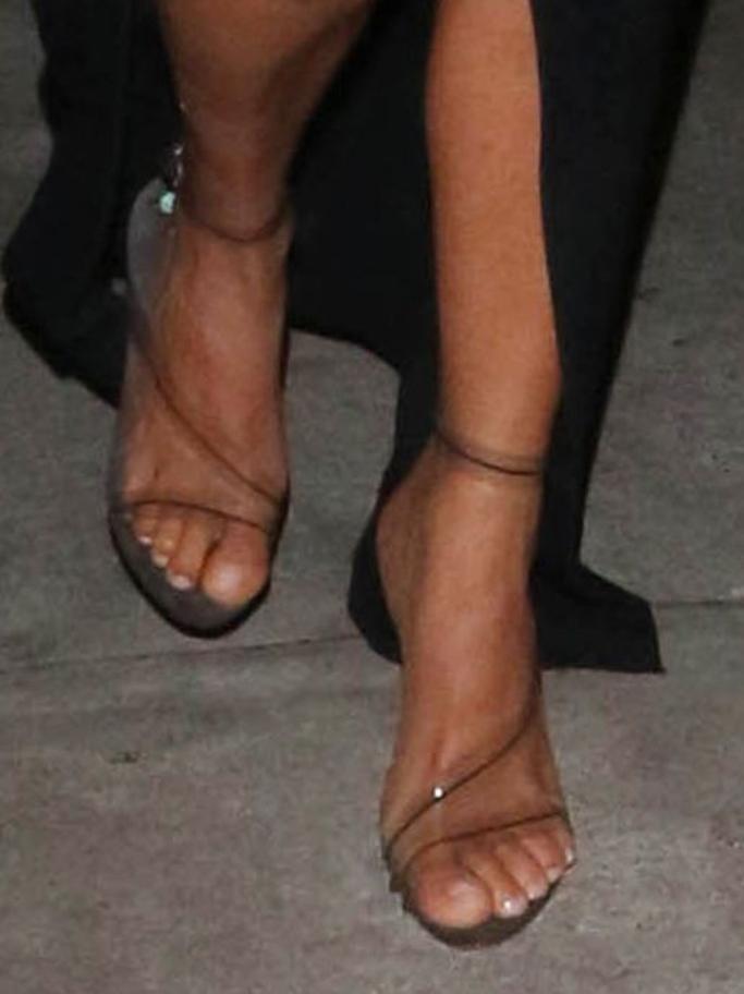 kim kardashian, pvc sandals