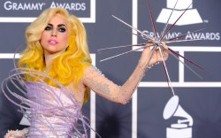 Lady Gaga, Grammy Awards, 2010, red