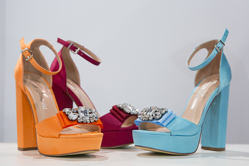 Miss Teen USA shoes