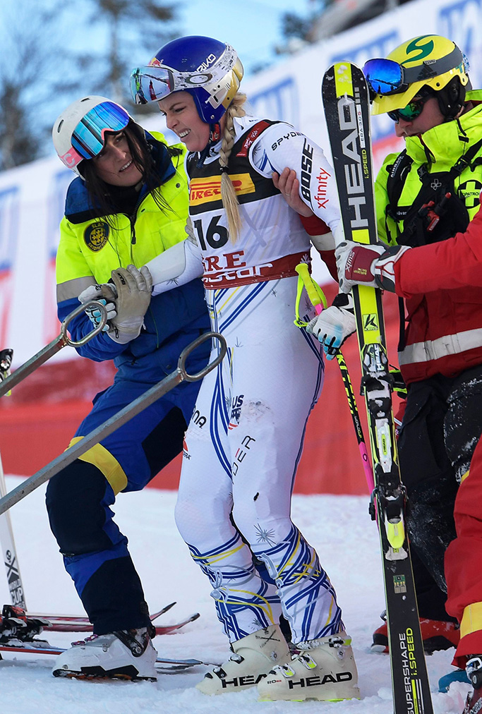 Lindsey Vonn (C) of the USA reacts after crashing during the women's Super G race at the FIS Alpine Skiing World Championships in Are, Sweden, 05 February 2019.FIS Alpine Skiing World Championships 2019, Are, Sweden - 05 Feb 2019