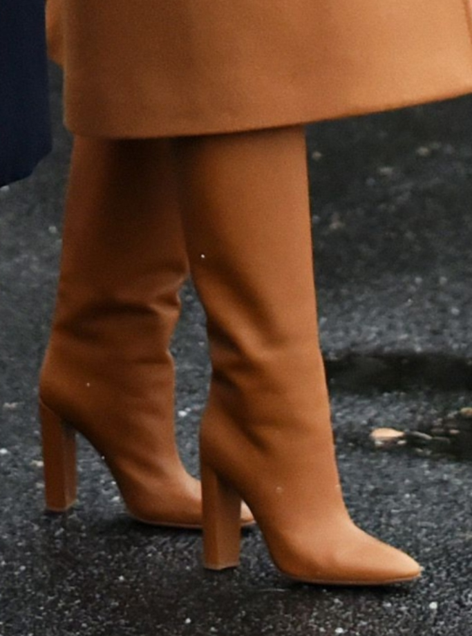 melania trump camel leather boots, gianvito rossi
