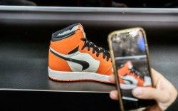 Micam, sneaker, nike, iphone,