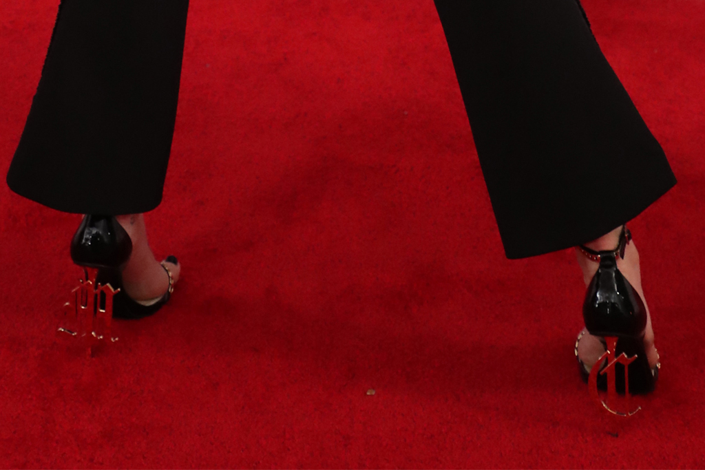 miley cyrus, heels