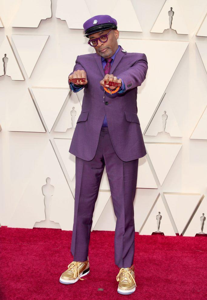 Spike Lee, oscars, 2019, red carpet, purple suit, prince, jordan brand, gold, sneakers
