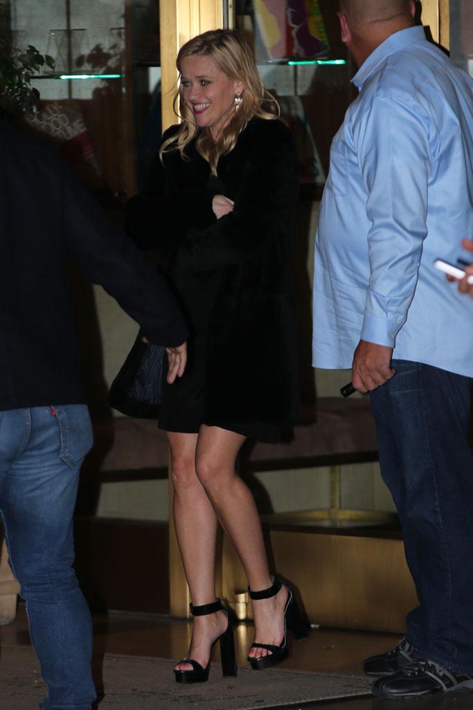 Reese Witherspoon, black minidress, soaring sandals, celebrity style, jennifer aniston, birthday party