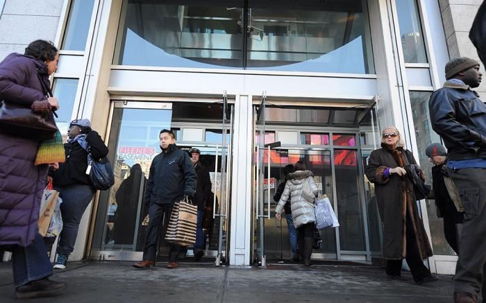 Shoppers leave a store in New York New York USA on 14 January 2011 the United States Commerce Department Reports That Retail Sales Rose For a Sixth Straight Month in December United States New YorkUsa Retail Sales - Jan 2011