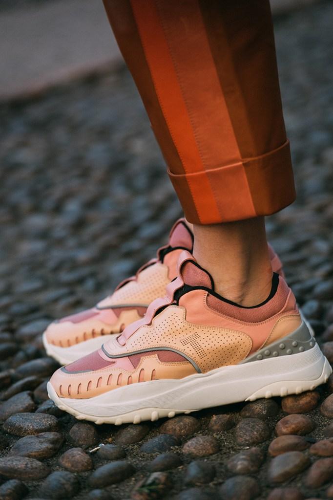 milan fashion week, tod's, sneakers, fall 2019, mfw, street style