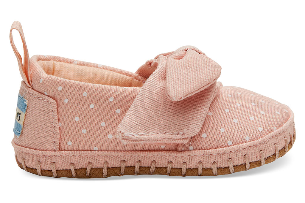 Tiny Toms pink polka-dot classic Alpargatas.
