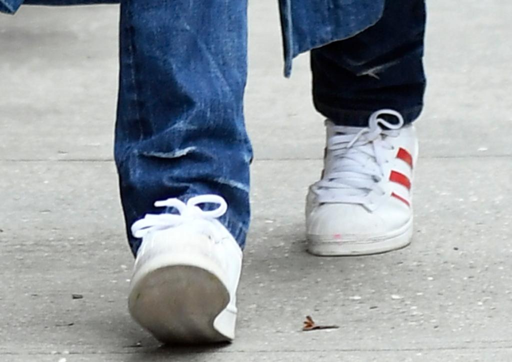 adidas superstar sneakers, katie holmes street style