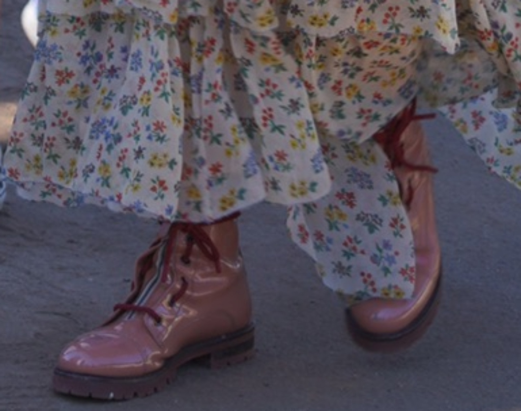 Busy Philipps boots