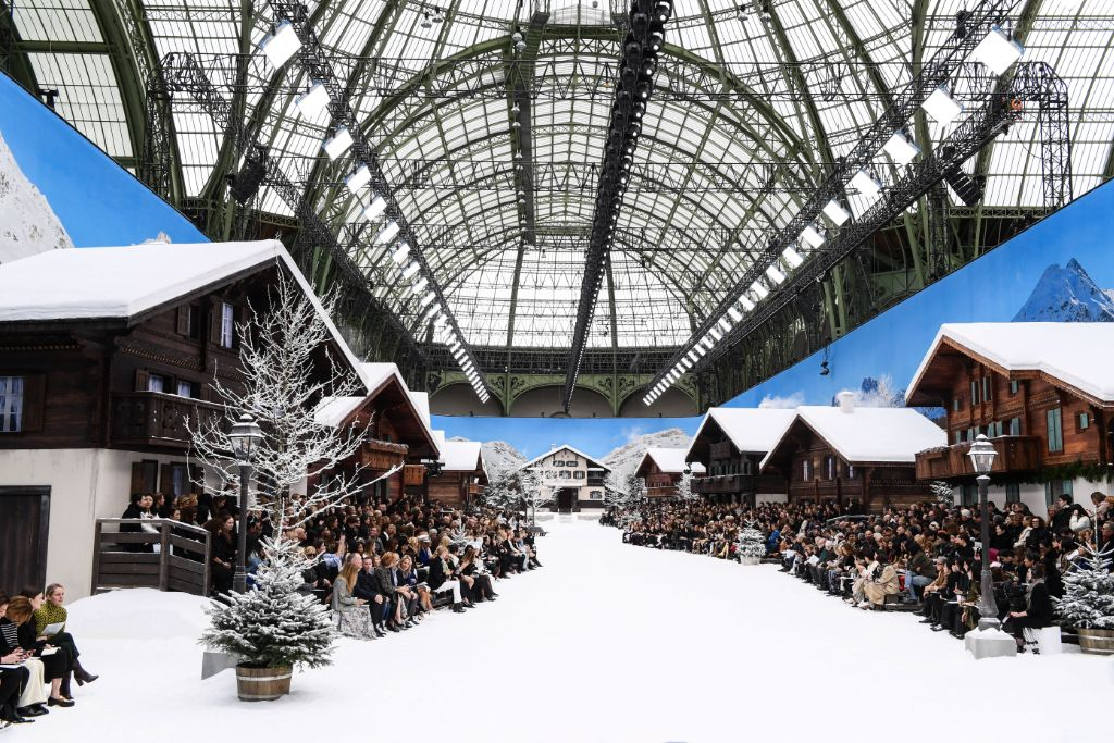 chanel-fall-2019-karl-lagerfeld-tribute