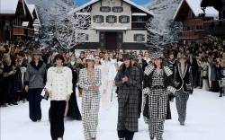 Chanel fall '19 finale with Cara