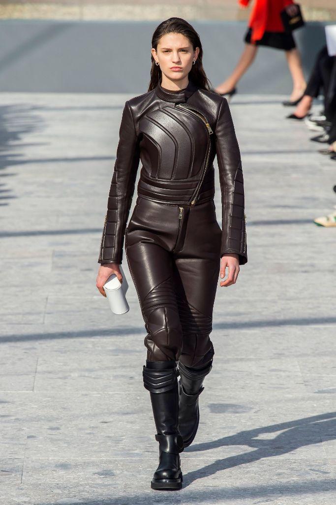 fall-2019-top-trends-armor-bottega-veneta