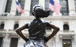 Statue of Fearless Girl is a