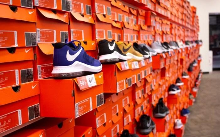 Footwear-imports-nike