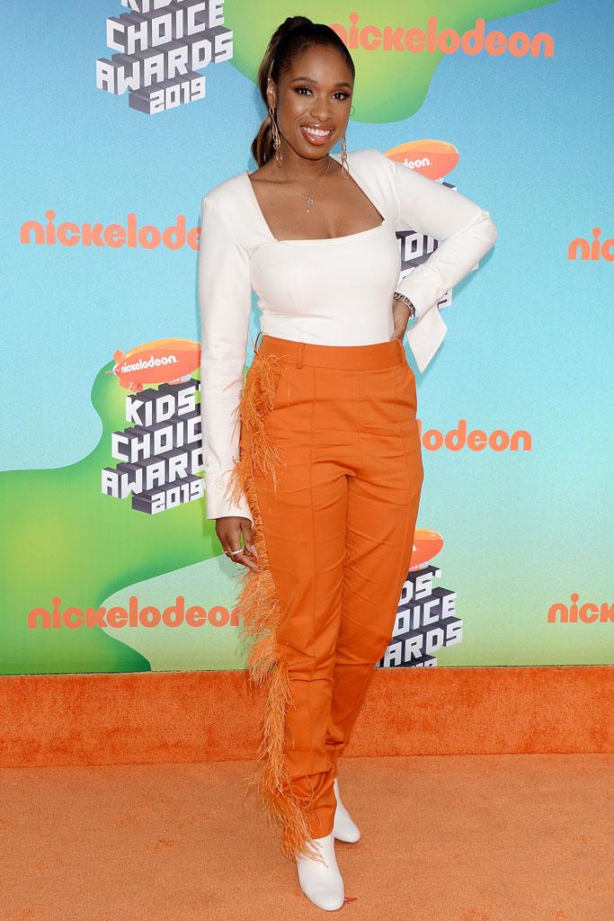 jennifer hudson, kids choice awards, orange fringe pants, white shirt, boots, celebrity style