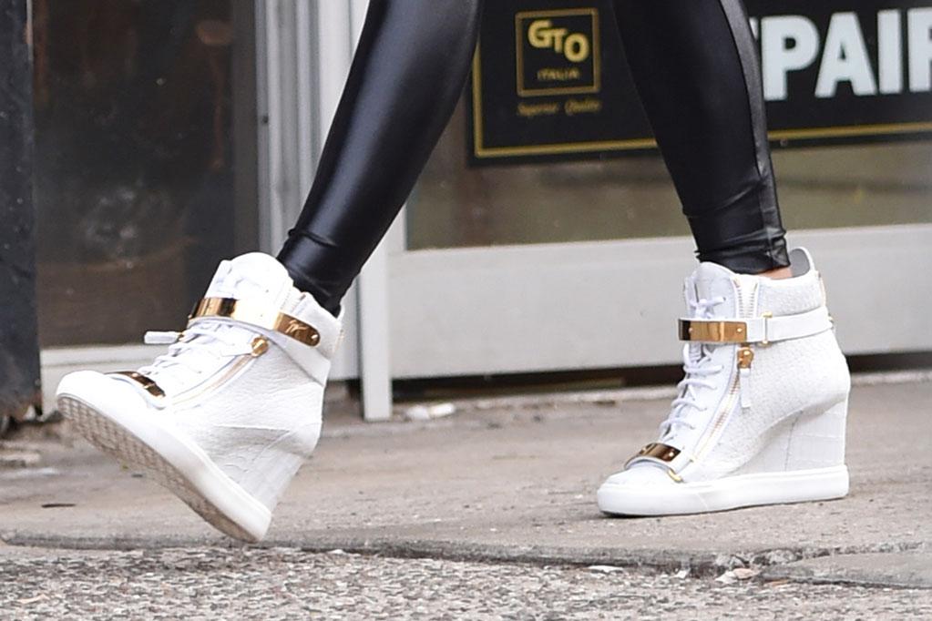 jennifer lopez, giuseppe zanotti, wedge sneakers