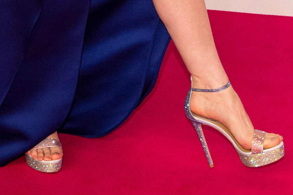 René Caovilla, jessica chastain, celebrity style, high heels, elie saab, dress