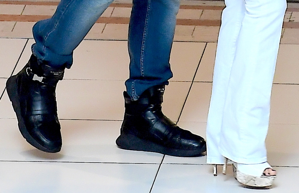 Jennifer Lopez and Alex Rodriguez, shoes, jlo