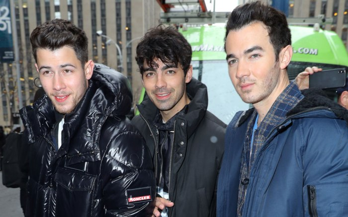 nick, joe, kevin jonas, jonas brothers, nyc, celebrity style