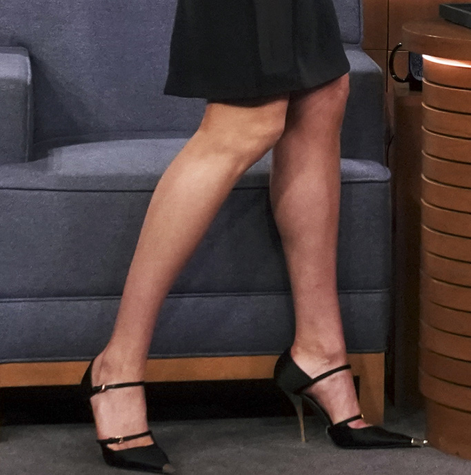 tom ford pumps, mary janes, gold heels, THE TONIGHT SHOW STARRING JIMMY FALLON -- Episode 1027 -- Pictured: (l-r) Model Karlie Kloss and host Jimmy Fallon during the